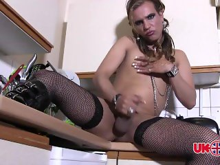 Elza Rema TS Bulgarian Mistress Fag Smoking and Cock-Play