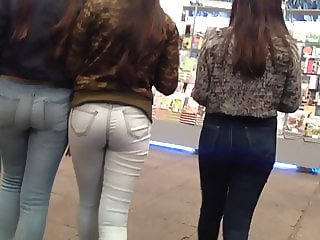 Three tren asses, 3 culitos de jovencitas