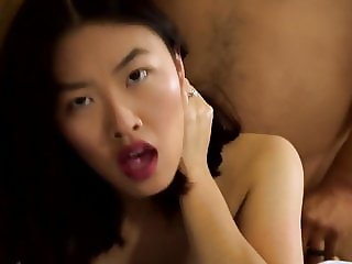 Pretty Asian woman gets dicked well
