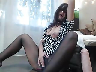 Pantyhose squirt 3