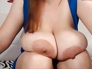 Russian women 30yo with a white huge boobs