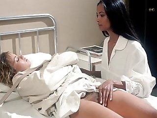 Laura Gemser touches Cindy Leadbetter's Bush - ScandalPlanet