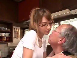 soe-967 elderly caregiver tear came from the island of south - Tia