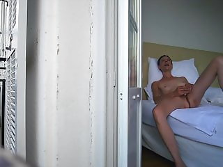 Her first orgasm in the hotel room