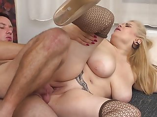 BUSTY mature mothers fuck happy sons