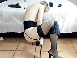 Blonde milf creamy sex machine