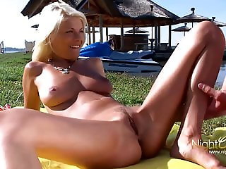 Outdoor Milf WTF!