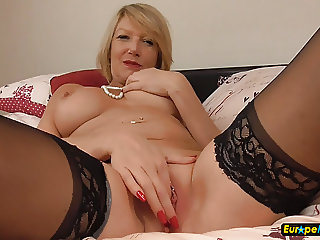 EuropeMature Horny mature Amy solo masturbation