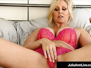 Hot Milf Julia Ann Gives You JOI As She Changes Lingerie!