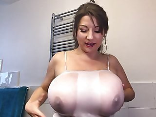 Samanta Lily playing with her huge natural breast