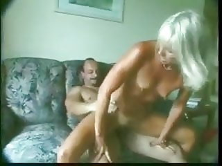 Sexy hot fit GILF is fucking hard