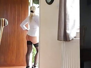 Naughty MILF Surprises The Delivery Guy