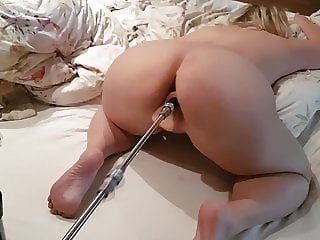 Hot Wife Fucking Machine Orgasm