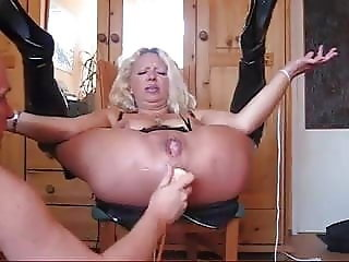 mature fist dildo 2