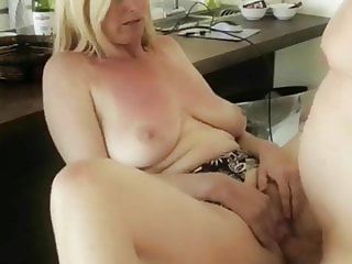 Sexy Mature MILF Knows How To Get a Raise