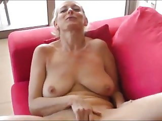 Naughty Mature MILF with Saggy Boobs On Vacation