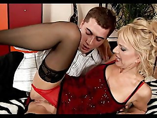 Nice Mature Loves to Fuck