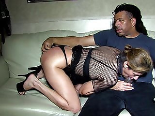bbc gets blow job from his slut