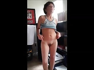 Ajewel4u2018 undressing for my date while he jacks off