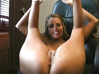 Naughty Secretary Knows How To Get Promoted at Work