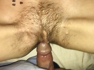 Skinny wife with hairy pussy creampie quickie before work