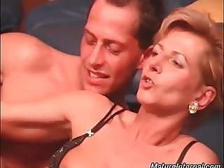 Blonde mature slut likes when both of her holes are stuffed