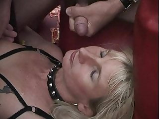 39 2-3: Bukkake Gangbang Sperm Swallowing Facials Blowjobs