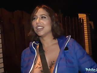 Public Agent He spunks on Heidi Van Hornys soaking wet pussy