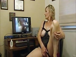 Hot Awesome Gorgeous Granny Virtual Cuckolding