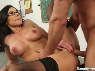 Naughty America - Find Your Fantasy - Professor Kendra Lust in glasses fuck