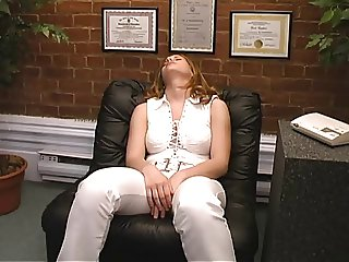 Chubby Tanya stops smoking but gets a facial