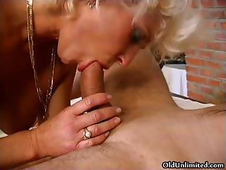 Blonde mature granny gets down to suck part3