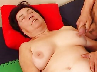 Couple Masturbation with Granny 02 (+ slow motion)