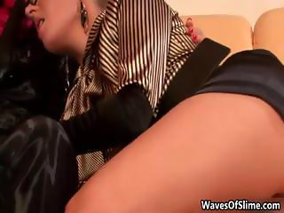 Two hot girls sucking Nessa Devil part2
