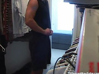 Just cant resist not to yank his cock