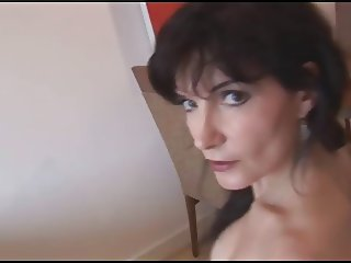 Brunette Mommy Posing 01