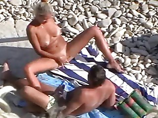Free Beach Tube Movies