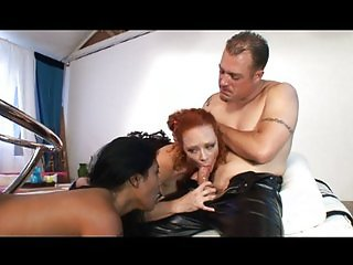 Good threesome anal action