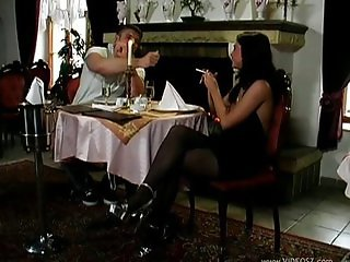 Sex in a restaurant with Jessica Fiorentino