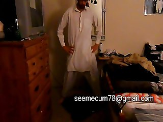 Pakistani Man Masturbates Middle Eastern Cock