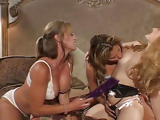 Trio lesbo orgy in bed