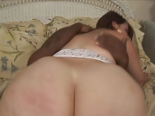 Black guy creams a sexy black chick after fucking her cunt and getting BJ