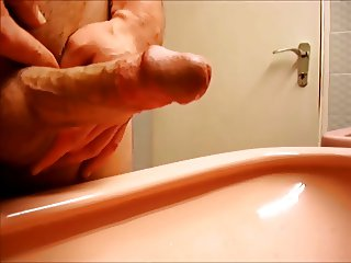 Precum Wank Collection, Bonus cumshot