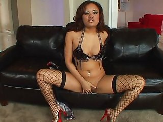 Asian cutie masturbating in hot red heels