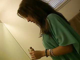 Amateur Home Video - Blowjob Before Going Out