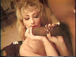 Hottie in heat pounded by a big black cock