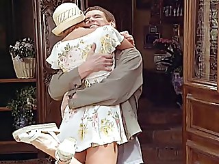Lauren Holly - Dumb & Dumber (Butt Flash)