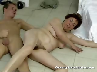 Young guy fucking plump hairy granny