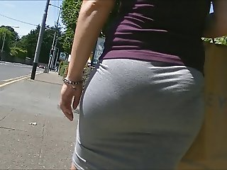 Bubble butt in tight skirt (edited).