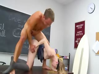 Teacher surfing run into young schoolgir